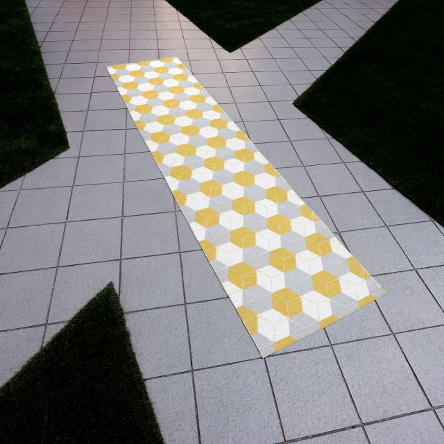 Pappelina TAPPETO REVERSIBILE TRIP SENAPE LINO VANIGLIA 70 x 150 cm