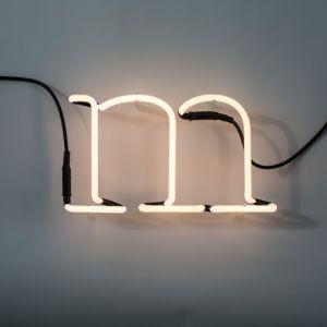Seletti LETTERA LUMINOSA DA PARETE Neon Art lettera m